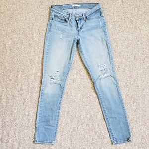 Levis 711 Ankle, Distressed Denim